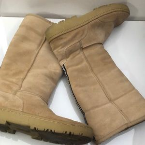 Rampage Boots with Detailing